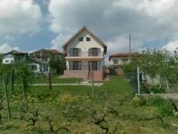 Дом в Лъка Кар